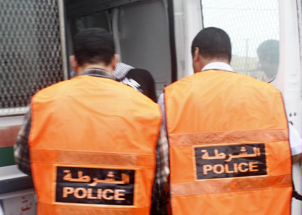 القصر الكبير : ضابط بالقوات المساعدة يقع في يد الشرطة بتهمة السرقة الموصوفة.