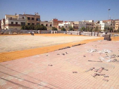 رئيس المجلس البلدي ينفي تحويل ملعب القرب 3 مارس لمنطقة خضراء