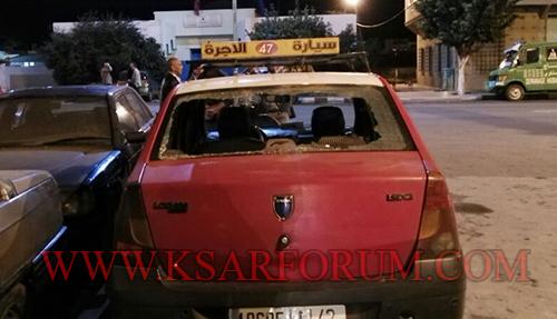 محاولة السطو على سيارة أجرة تنتهي بكسر زجاجها الخلفي
