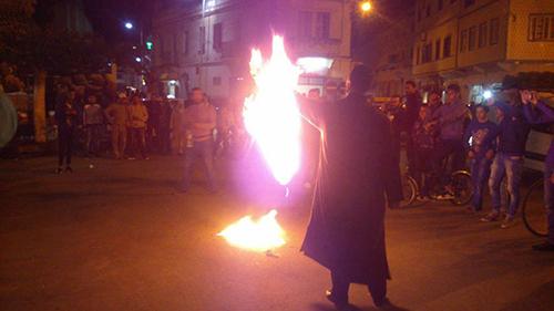 وقفة بالقصر الكبير احتجاجا على رفع العلم الإسرائيلي بمراكش