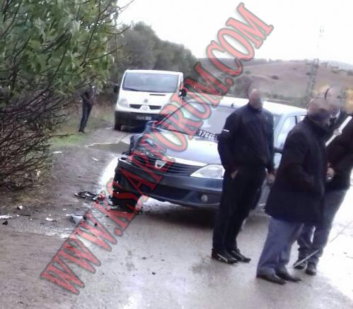 سيارة الجماعة تتعرض لحادثة سير بطريق تطفت و تساؤلات حول نوعية المهام التي كانت تقوم بها