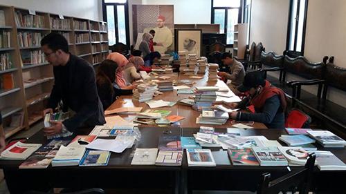 مهرجان القصر للكتاب يشرف على إحداث مكتبة جديدة بدار الثقافة