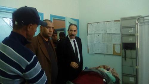 المدير الإقليمي لوزارة التربية الوطنية يزور تلميذة تعرضت لحادثة سير بالعوامرة