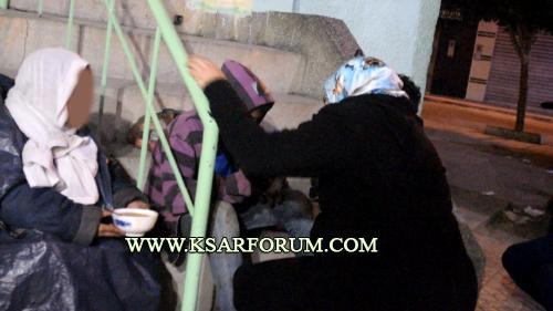 """السلطات المحلية """" تجمع """" المشردين بدار الخيرية و عدم توفر الأسِرّة يعيدهم إلى الشارع"""