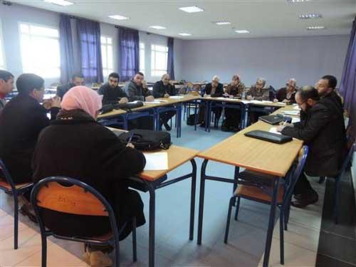 المجلس العلمي بالعرائش يجمع الخبراء والممارسين لتدارس المنهاج الجديد للتربية الإسلامية