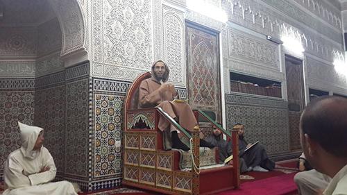 كرسي الإمام ابن أجروم لمادة النحو للشيخ محمد بوليس بالمسجد السعيد بالقصر الكبير