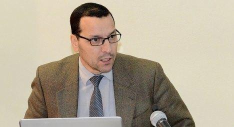 خالد الصمدي إبن القصر الكبير كاتبا للدولة للتعليم العالي في حكومة العثماني