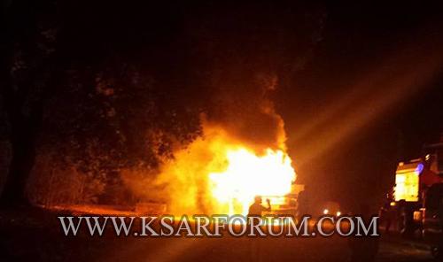 النيران تلتهم حافلة لنقل الركاب بعد خروجها من العرائش في اتجاه القصر الكبير