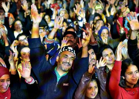 حميد القصري يلهب مهرجان الصويرة بحضور مستشار الملك
