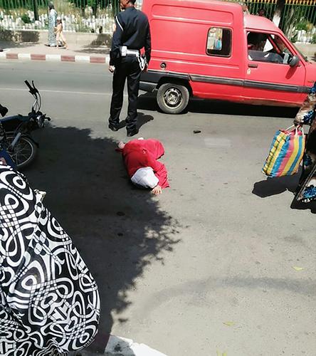 دراجة نارية تصدم سيدة ستينية بمدار مولاي علي بوغالب