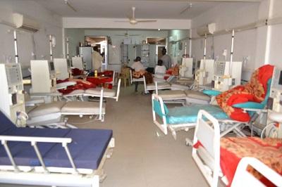 74 مريضا بالقصور الكلوي بالقصر الكبير يهددون بخوض سلسلة من الوقفات الإحتجاجية