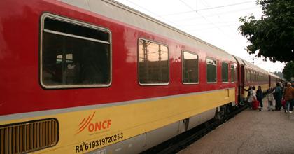السواكن : عصابة تهاجم القطار القادم من طنجة و تسرق أمتعة و هواتف المسافرين