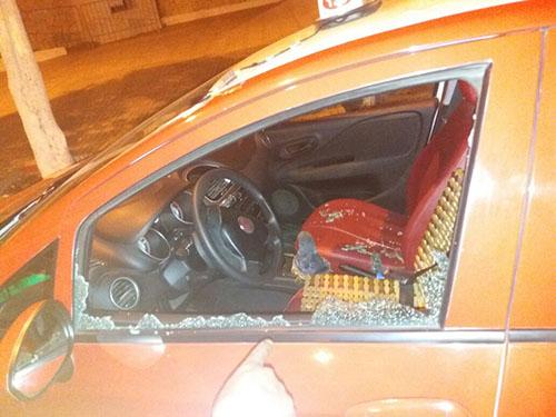 عصابة تهاجم ركاب سيارة أجرة و الشرطة تطلب من الضحايا العودة صباحا !