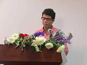 محمد العناز يحصل على دكتوراه في الآداب