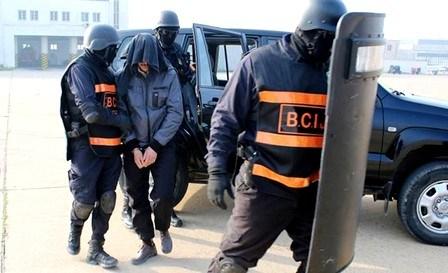 القصر الكبير : توقيف شخصين بتهم تتعلق بالإرهاب و ترحيلهما إلى سجن سلا
