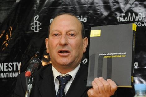 """السكتاوي: الحكومة تكمّم الأفواه .. و""""البيجيدي"""" يُعرقل الحريات"""