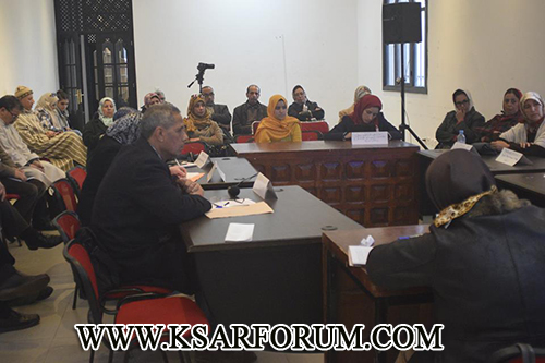 القصر الكبير : ندوة حول العنف ضد المرأة توصي بمحاربة الأمية القانونية و خلق مراكز الإيواء