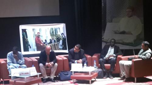 جامعيون وباحثون مغاربة وأفارقة في ندوة  بالقصر الكبير تحت شعار  عودة المغرب للاتحاد الافريقي انتصار ديبلوماسي حقيقي