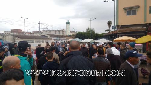 نشطاء الفايسبوك ينظمون وقفة احتجاجية أمام نفق المرينة