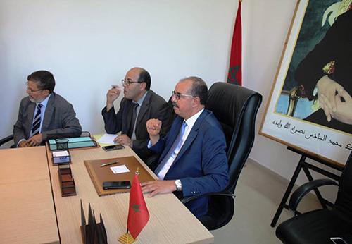 عاجل : عامل الإقليم يجمع مستشاري المجلس البلدي في اجتماع يحضره رؤساء المصالح الخارجية غدا الخميس