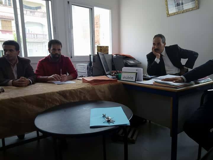 لجنة مديرية تحل بمدرسة الزرقطوني في أفق البحث عن الحلول الأنسب لاستقبال تلاميذ مدرسة ابن خلدون