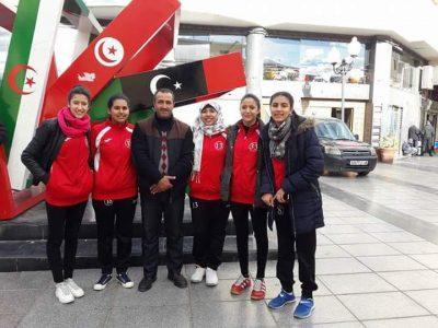 لاعبتان من النادي الرياضي القصري لكرة اليد تلتحقان بالمنتخب الوطني