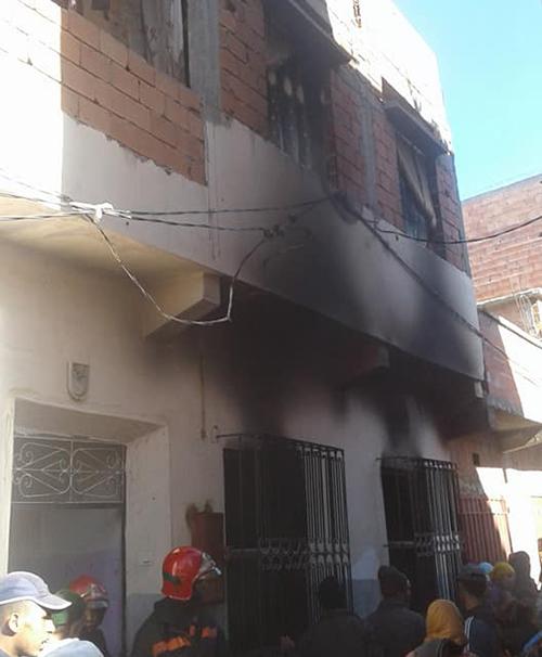 النيران تلتهم منزلا بحي أولاد احميد