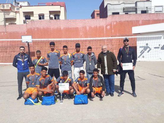فريق ثانوية أولاد أوشيح بطلا للإقليم في كرة الطائرة