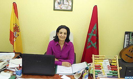القصرية أنيسة عازب .. ناشطة جمعوية ملتزمة بالدفاع عن حقوق الأطفال بمدريد