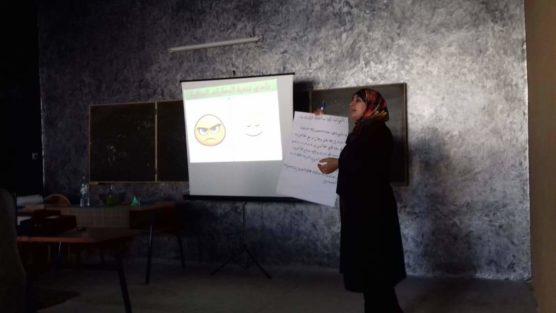 نادي تنمية المهارات الحياتية في أولى حصصه بالثانوية المحمدية
