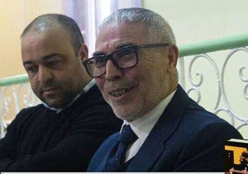 """الاستاذ محمد الموذن يوقع """" شرود سياسي """" بأصيلا"""