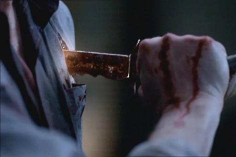 طعنة سكين غادرة تنهي حياة شاب بالقصر الكبير