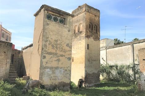 مآثر القصر الكبير .. كنز سياحي وتاريخي عريق ينتظر الترميم