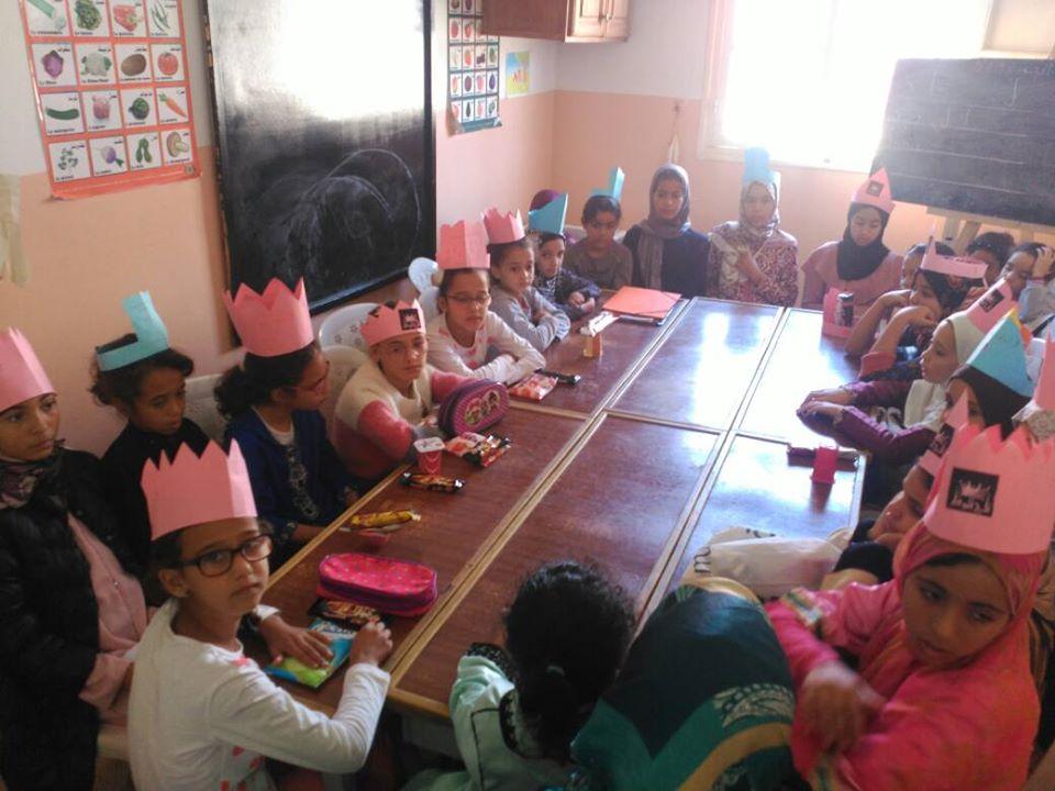 جمعية المبادرة تحتفل بفتيان تاج الكرامة وفتيات تاج الوقار