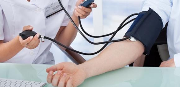 القافلة الطبية للخدمات الصحية تحل بمركز التربية والتكوين النهضة بالقصر الكبير  يوم غد  الخميس…
