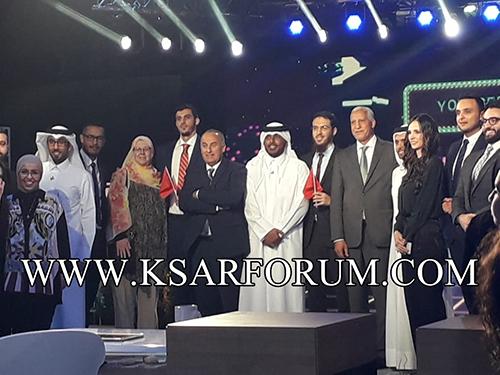 """مسابقة نجوم العلوم : الدكتور يوسف العزوزي يتوج بلقب """" مخترع العرب """""""