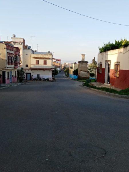 السلطات تمنع تجمعات التسوق الأسبوعي بالمحلة والسلالين