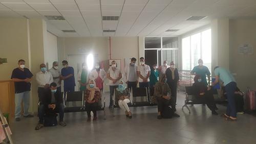 """فيروس كورونا : الإعلان عن """" صفر حالة """" بالقصر الكبير و آخر 15 متعافي يغادرون المستشفى"""