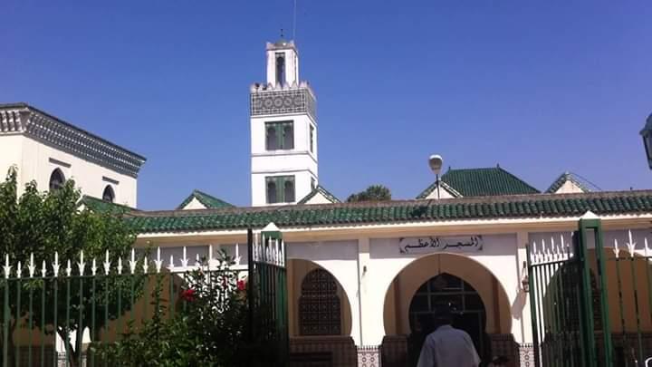 الأربعاء 15 يوليوز موعد لفتح المساجد ، عدا إقامة صلاة الجمعة